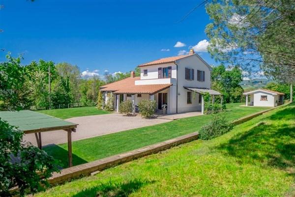 Villa - Vendita - Montecatini Val di Cecina