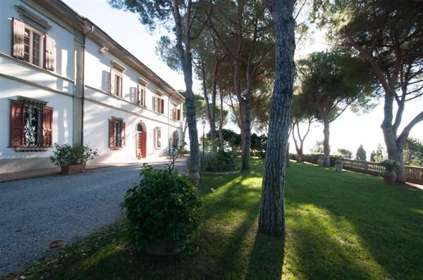 Villa - Vendita - Castellina Marittima